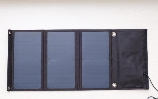 小型太陽光パネル