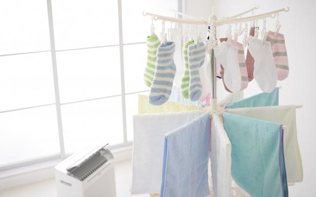 衣類乾燥をする除湿機